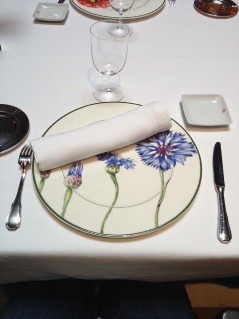 Con una mesa tan bien puesta, el placer de comer se sublima.