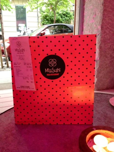 Bolsa, también rosa aunque por la luz no lo parezca mucho.