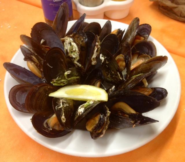 Mejillones. Muy buenos. Mussels. Very good. Muscheln. Sehr gut.