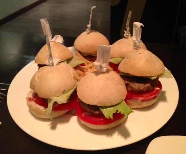 Minihamburgers.
