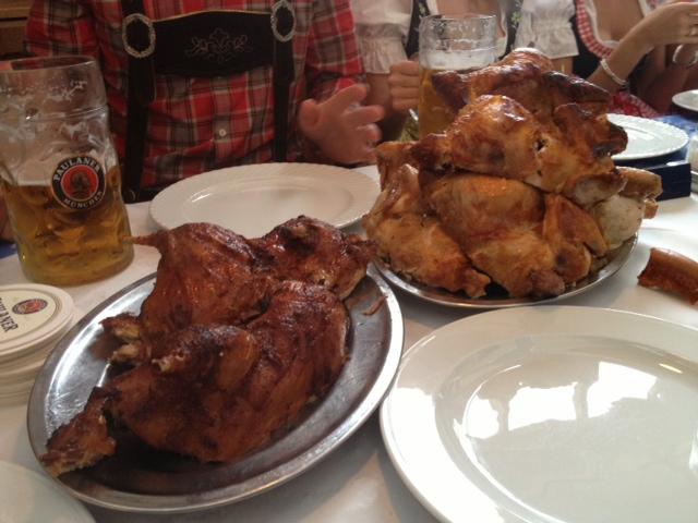 Pollo y pato asados, un must en la Oktoberfest.