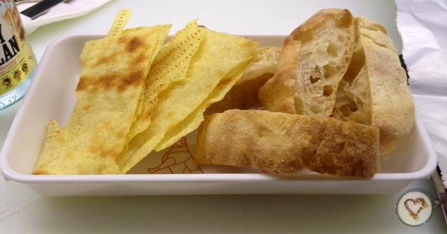 Pan (1,80€). Bread. Brot.