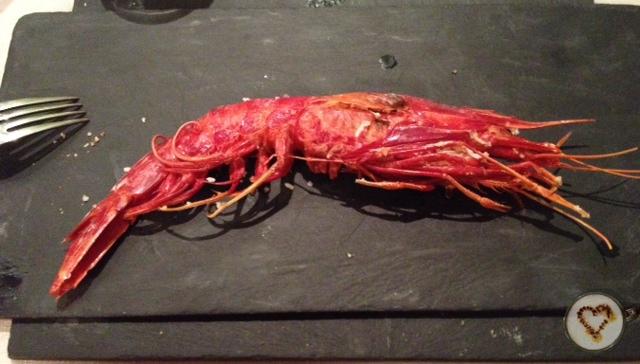 Carabinero a la plancha (15,10€). Grilled big red prawn. Gegrillte Garnele.