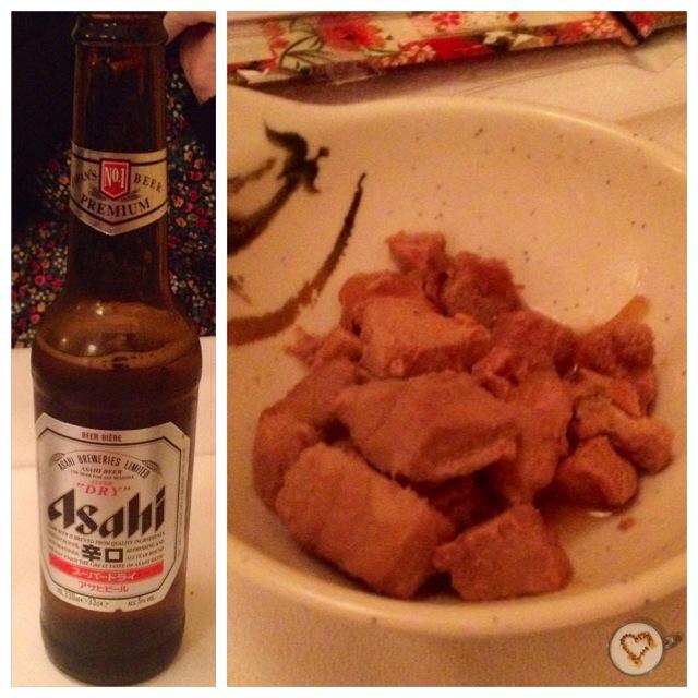 Cerveza japonesa (3,20€) y aperitivo (0€). Japanese beer and appetizer. Japanisches Bier und Vorspeise.