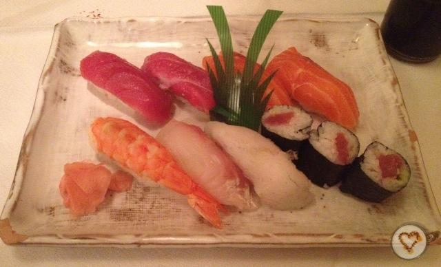 Sushi variado (14,60€). Assorted sushi. Sortierten Sushi.