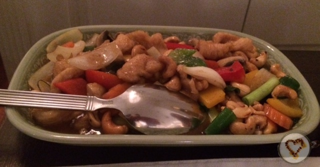 Kai cashew nuts (22€).
